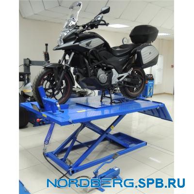 Подъемник для квадроциклов с пневмоприводом, г/п 680 кг Nordberg N4M4